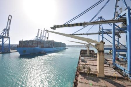 18,270-TEU Matz Maersk makes first Triple E call at Malta Freeport