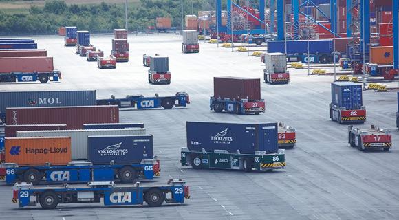 Hamburg's big port operator completes rail terminal at Altenwerder box shop