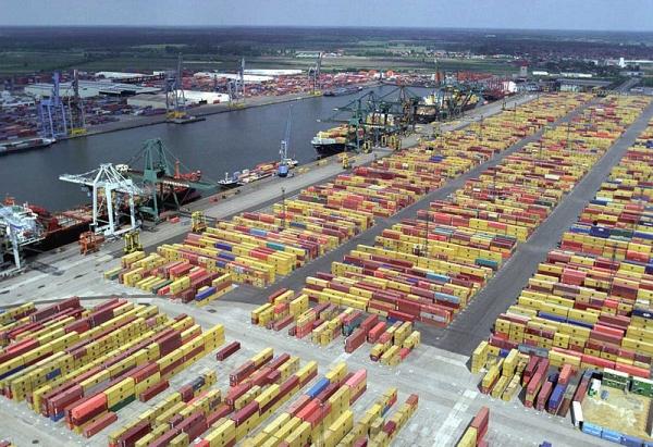 Antwerp H1 up 4.4pc to 5,047,468 TEU as mega ship calls rise 66pc