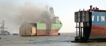 Ship scrapping hits 52 million tonnes, fast nearing 2012 record of 60 million