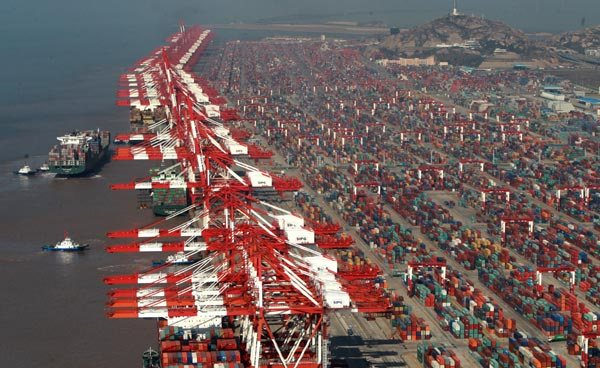 China trade slumps imports down 12.5pc exports slide 4.4pc in July