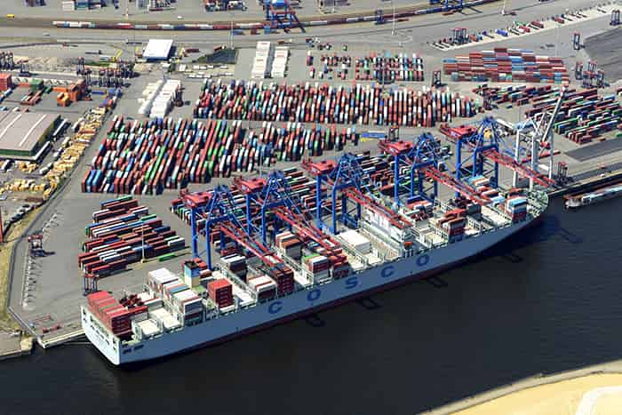 New rail yard, super cranes to allow Hamburg to dock two 20,000-TEUers