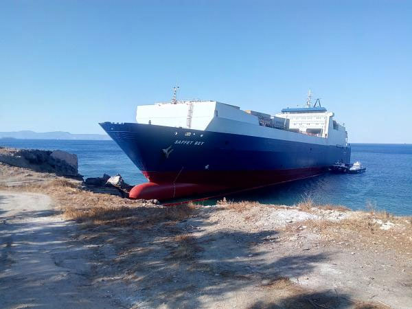 """Turkish Ro-Ro Ship """"SAFFET BEY"""" Hard Aground in Southern Greece"""