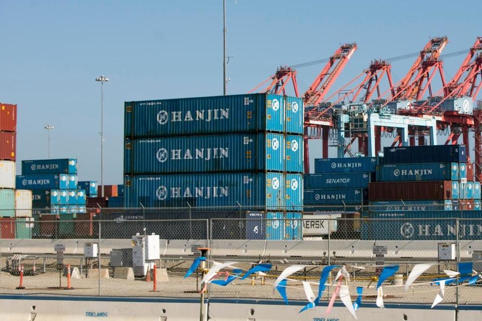September US retail imports strong despite Hanjin bankruptcy