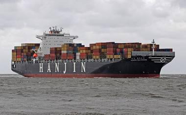 Fear of Australian arrest keeps Hanjin ship lying off Melbourne