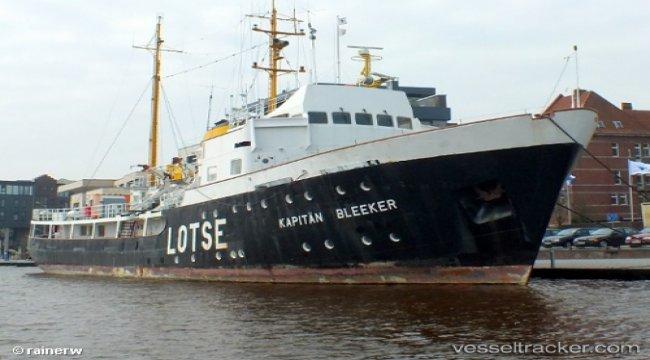 Ex German pilot vessel for sale
