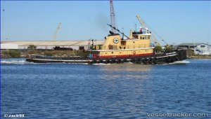 Tugs to be sunk as artificial reefs