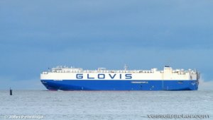 Vehicles carrier 'Glovis Spring' grounded in Paracel Island waters