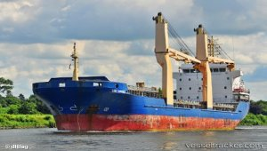 Ship suffered engine damage in Ravenna