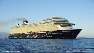 New 'Mein Schiff 1' in Kiel