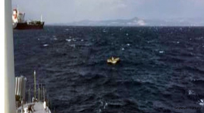 Casualty in drifting boat rescued in Izmir province