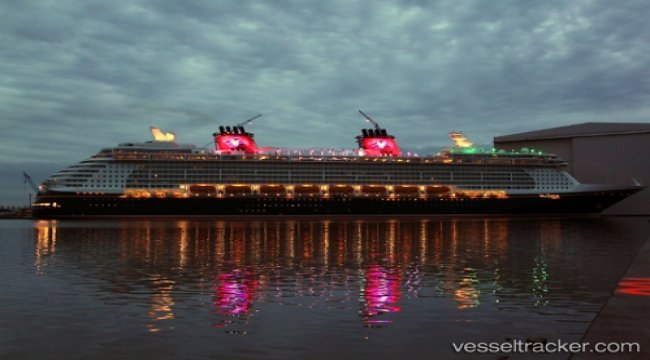 River cruise ships in collision during prom celebration