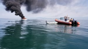 A private yacht of 16 meters long caught fire off Turkey's Yalova district