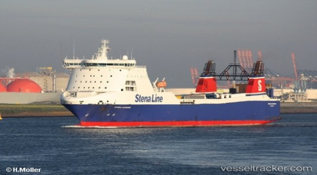 P&O Ferries charters STENA CARRIER for Rotterdam-Teesport service