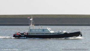Alert crew assisted troubled single hand sailor
