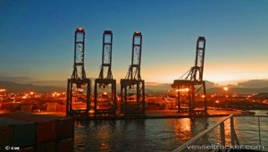 Brazil truckers yet to resume cargo deliveries at Santos port