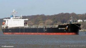 Bulkcarrier ran aground on Wester Scheldt