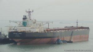 Tanker grounded on Don River