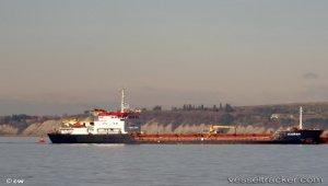 Damaged Turkish cargo ship on its way to Croatian shipyard