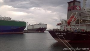 Port Kembla Reopens After Bulker Blaze
