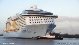 Royal Caribbean to ban plastic straws on ships in all five brands