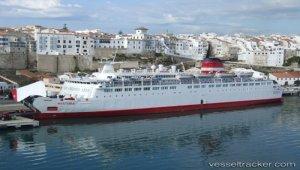 Stowaways found on ferry
