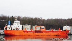 Tanker refloated after five days