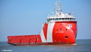 Vroon Offshore Services saves fuel with Caterpillar multi-engine optimizer