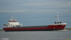 Grounded ship escaped with little damage