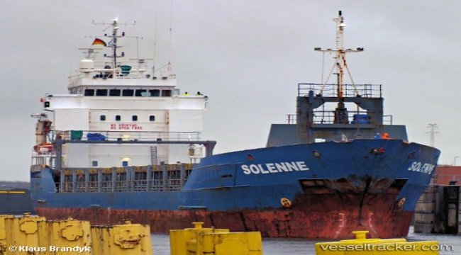 14 containers offloaded in Nqquira