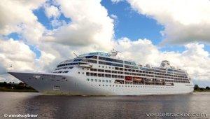 Cruise ship rescued three fishermen of sunken cutter