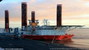 Fred. Olsen Windcarrier Jack-up 'Brave Tern' Completes Major Crane Refit At Damen Shiprepairs Amsterdam