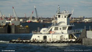 Oil barge ran aground