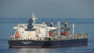 Robbers stole ship stores off Samarinda