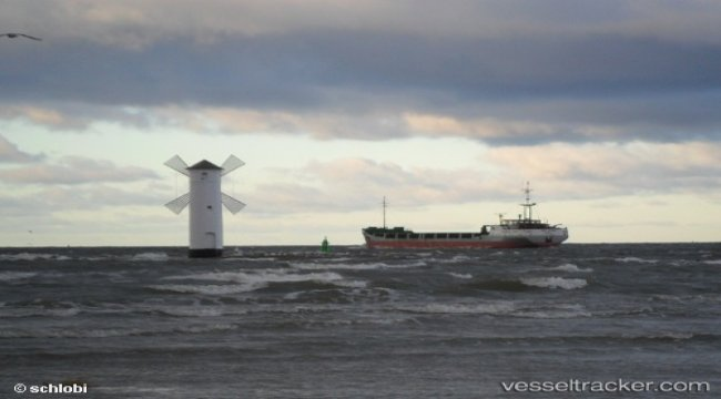 First ISO-container ever loaded with liquefied natural gas at the LNG terminal in Świnoujście
