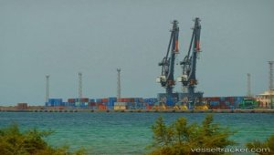 Ethiopian ship MEKELE docks in Eritrea for first time in 20 years