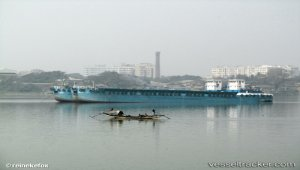 Kolkata port seeks easing of traffic norms to prevent container pile up