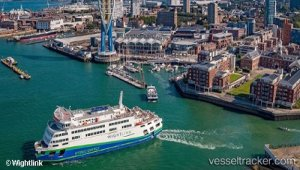 New ferry hit by technical snag
