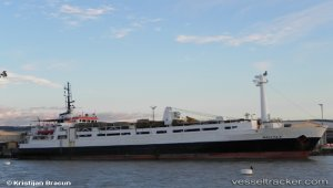 Paul to tow casualty ship to Beirut