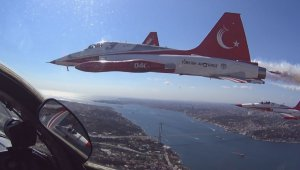 Wonderful Bosporus photos from the cockpit of Turkish Stars