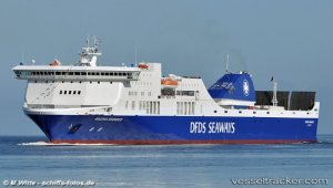Ferry REGINA SEAWAYS accident under control, ferry under way