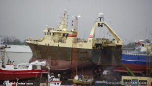 Fire in engine room, Coast guard vessel Tyr assisted - vessel to be towed by Tyr to Hafnarfjorour