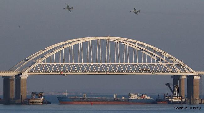 Russia Blocks Ukrainian Navy from Entering Sea of Azov
