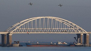 Russia Blocks Ukrainian Navy from Entering Sea of Azov
