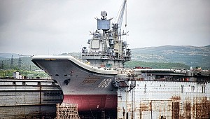 "Russia's sole aircraft carrier, the ""Admiral Kuznetsov"", was nearly sinking"
