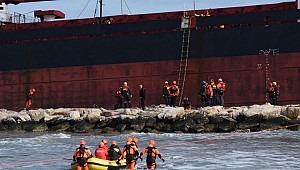 A pipeline is to be built to prevent oil spill from stranded Efe Murat