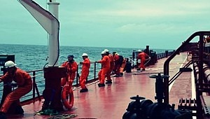 UN must persuade governments to adopt crew change protocols