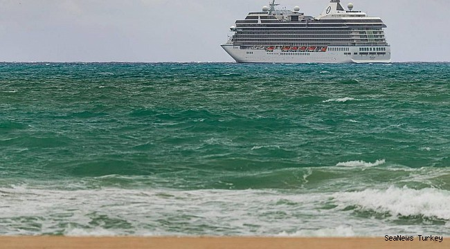 42,000 cruise ship workers still trapped at sea