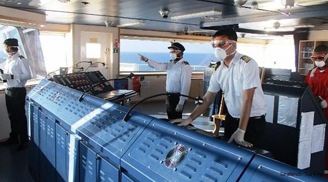 Australia cracks down on crew changes