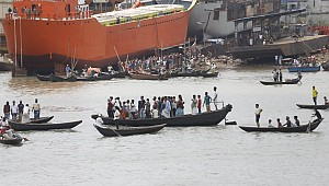 Launch capsize in Buriganga: 32 bodies recovered so far